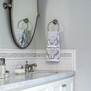 Grey-White Bath Counter